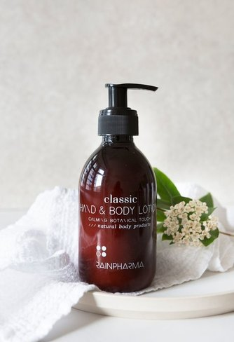 RainPharma Classic - Hand & Body Lotion - Calming Botanical Touch